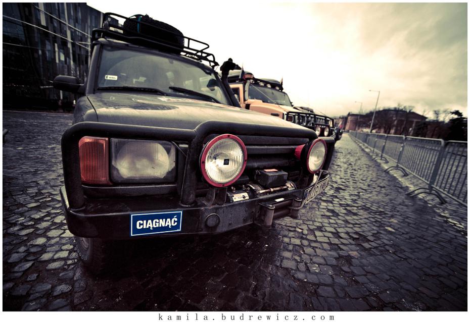 dzień przed startem Przygotowania Nikon D700 Sigma 15-30mm f/3.5-4.5 Aspherical Budapest-Bamako (EUROPA) samochód pojazd silnikowy pojazd poza trasami rodzaj transportu na zewnątrz samochodu zderzak projektowanie motoryzacyjne lekki transport
