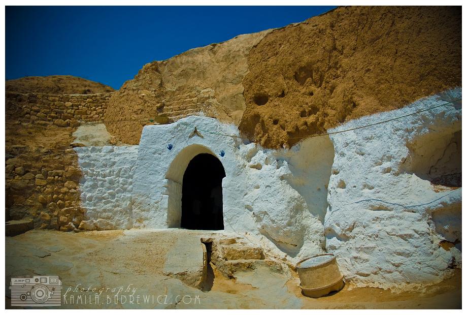 chata Berberów Tunezja 0 Nikon D70 AF-S Zoom-Nikkor 18-70mm f/3.5-4.5G IF-ED historyczna Strona gruzy niebo Historia starożytna historia łuk Ściana Strona archeologiczna skała fortyfikacja