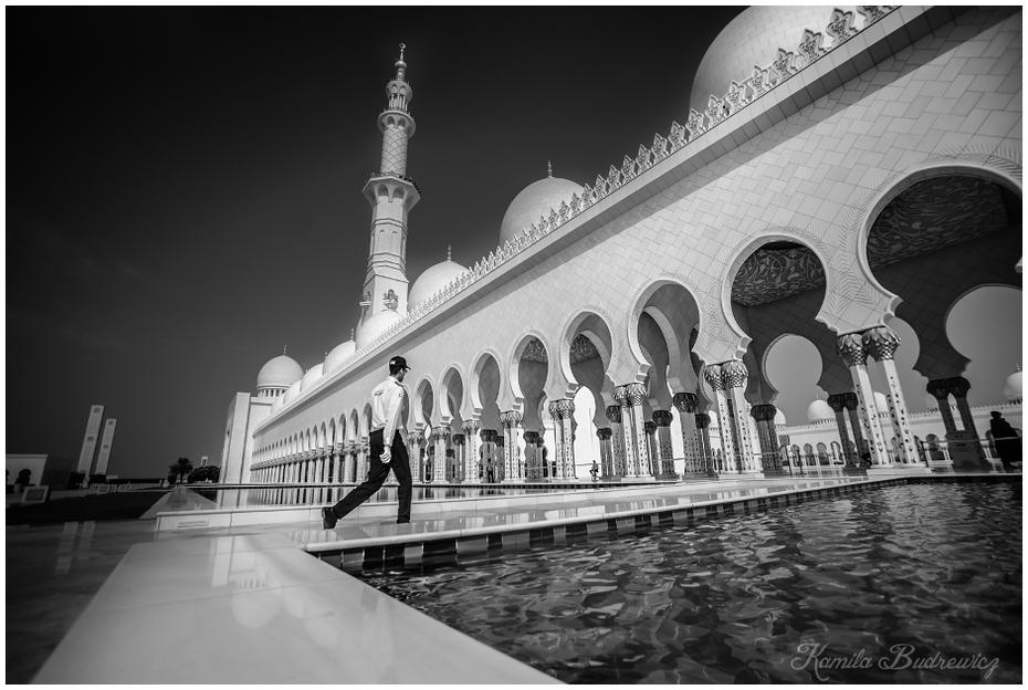 Wielki Meczet Abu Dhabi 0 nikon d750 Sigma 15-30mm f/3.5-4.5 Aspherical biały fotografia czarny i biały punkt orientacyjny fotografia monochromatyczna odbicie architektura Struktura woda